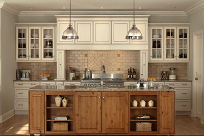 Mixed use of kichen cabinet styles, woods and finishes. Free kitchen designs from Lumberjack's Kitchens and Baths.