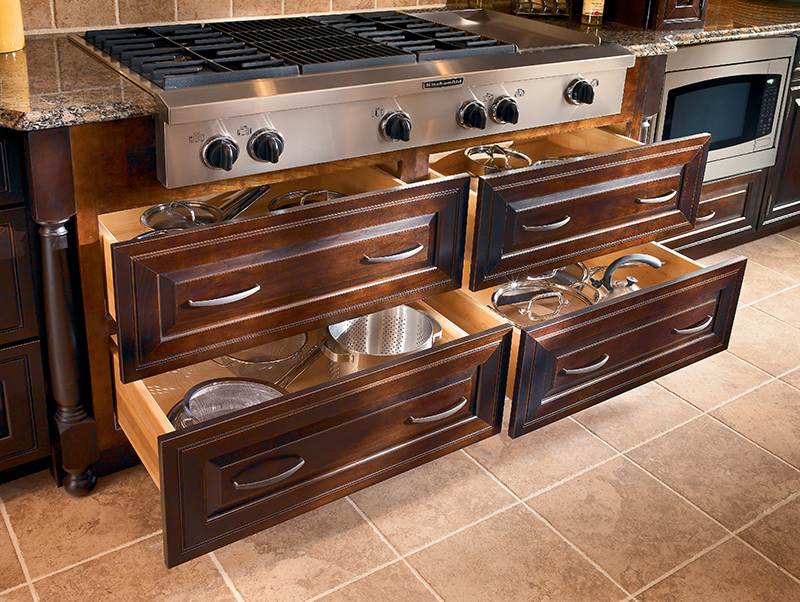 Lumberjack 39 s kitchens baths kraftmaid cabinets kitchen for How to set up kitchen cabinets